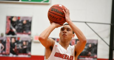 Wheeler's Jalon Beene signs basketball scholarship with ICC