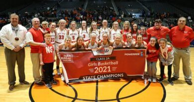 Lady Royals senior class goes out on top with state title win over Clahoun City